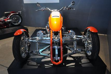 What are some riding tips for Harley Davison trikes?