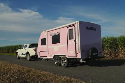 Beautiful 2014 Winnebago Minnie 2101DS Travel Trailer Piqua OH Paul Sherry RV