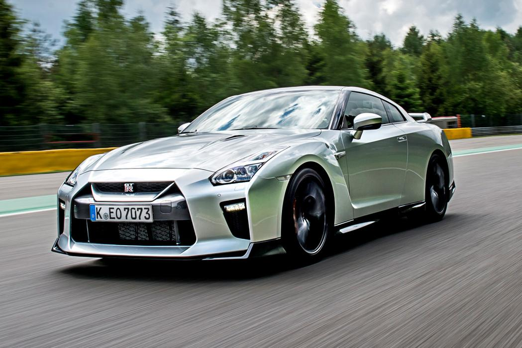 Nissan Gt R 2017 Review Car Reviews News Amp Advice