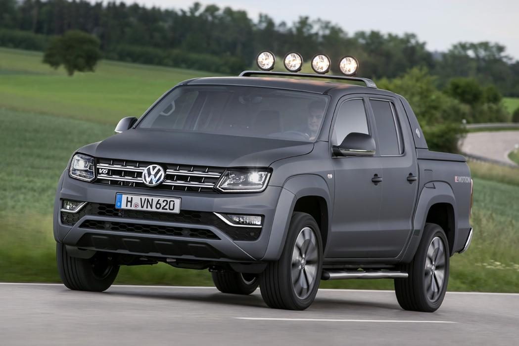premium price for volkswagen 39 s v6 amarok car reviews news advice. Black Bedroom Furniture Sets. Home Design Ideas