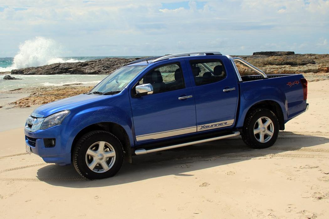 Wonderful Review 2015 Isuzu DMAX XRunner  Truck News Amp Reviews
